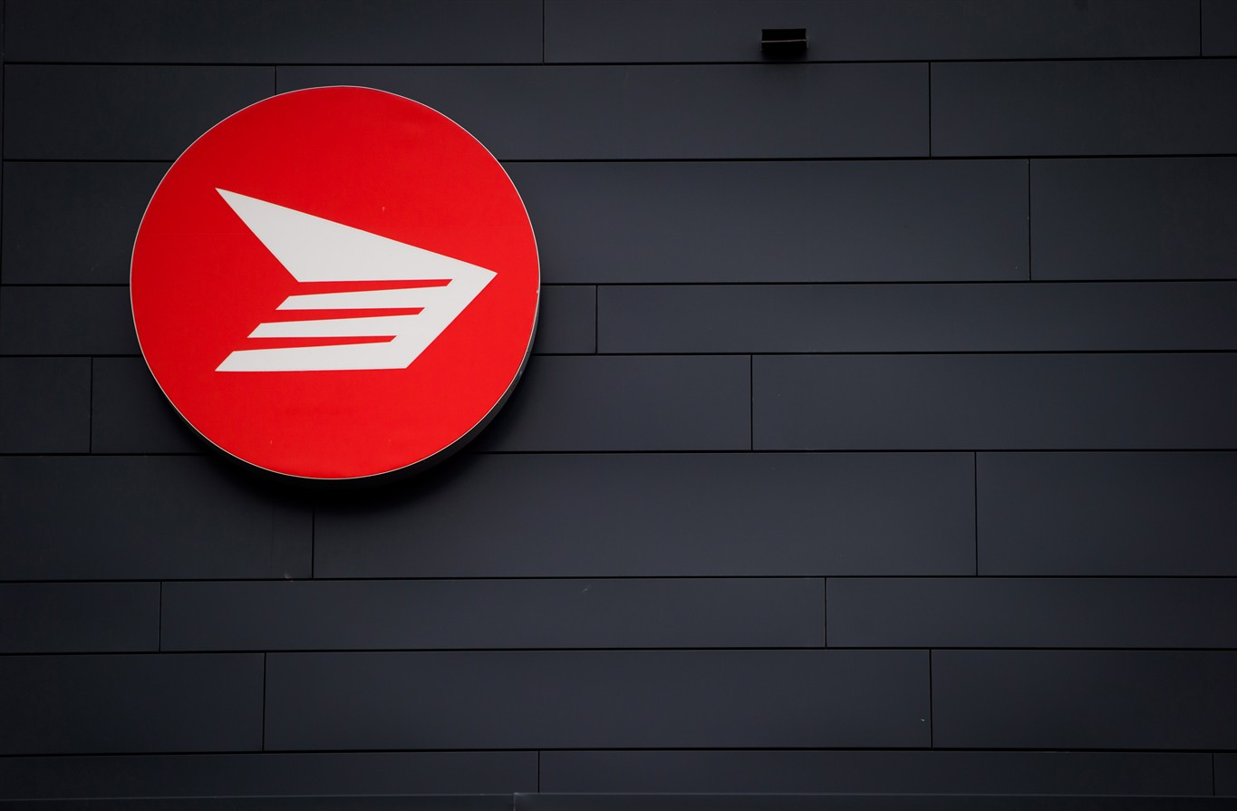 Canada Post workers forced to end strike