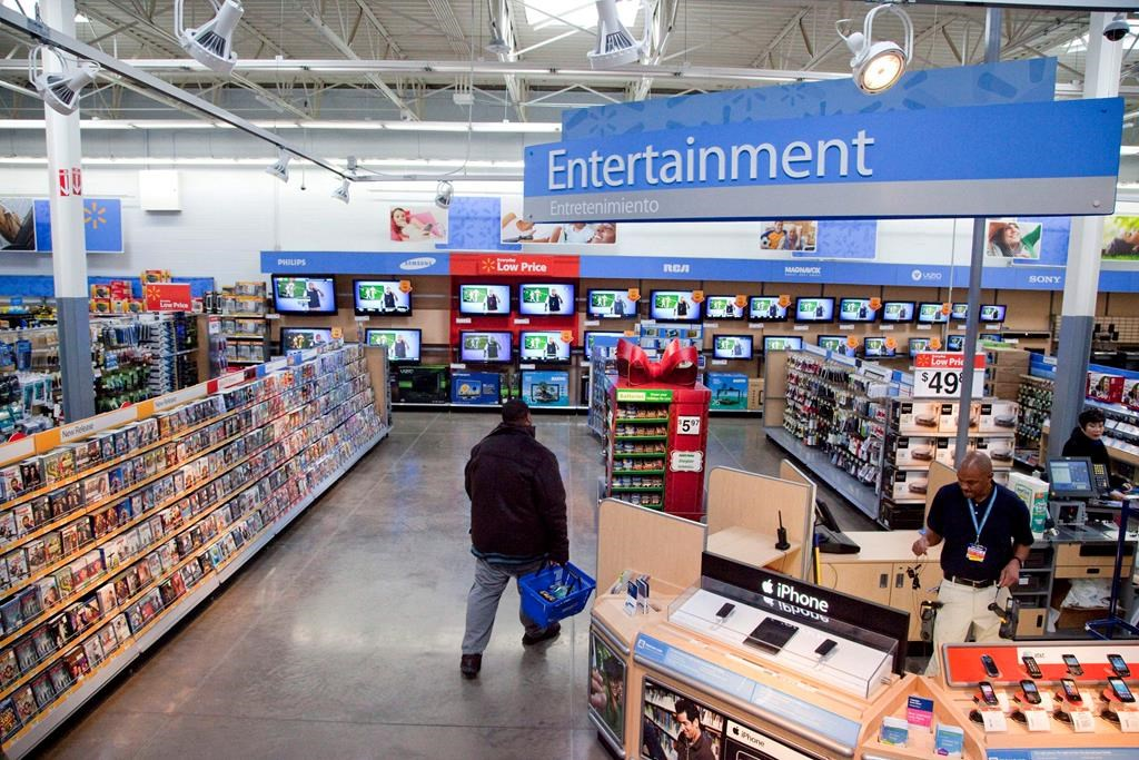 Walmart pulls violent game displays