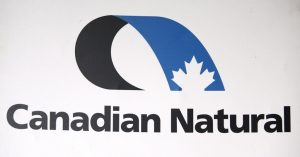 Canadian Natural beats expectations despite loss and halving of revenues