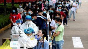 Relative of virus victim asks to meet WHO experts in Wuhan
