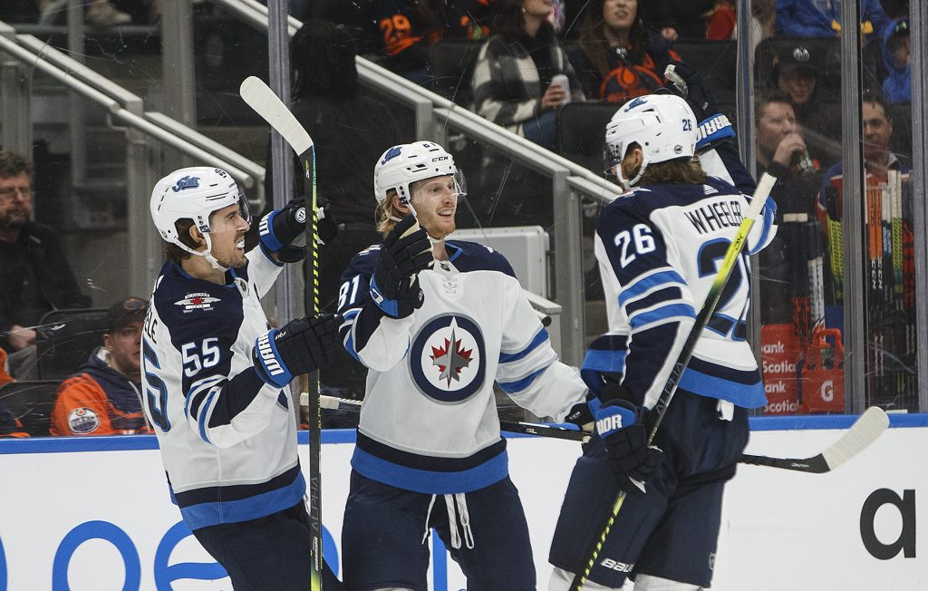 Damaged Jets need to empty tank vs. Flames to avoid elimination